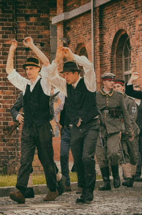 Widowisko historyczne na 100-lecie Powstań Sląskich Kliknięcie w obrazek spowoduje wyświetlenie jego powiększenia